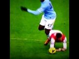 Yaya Toure got away with a terrible foul on Arsenal forward Olivier Giroud